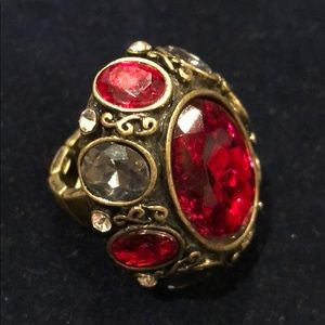 Jewelry - Antique good stretchy red crystal ring
